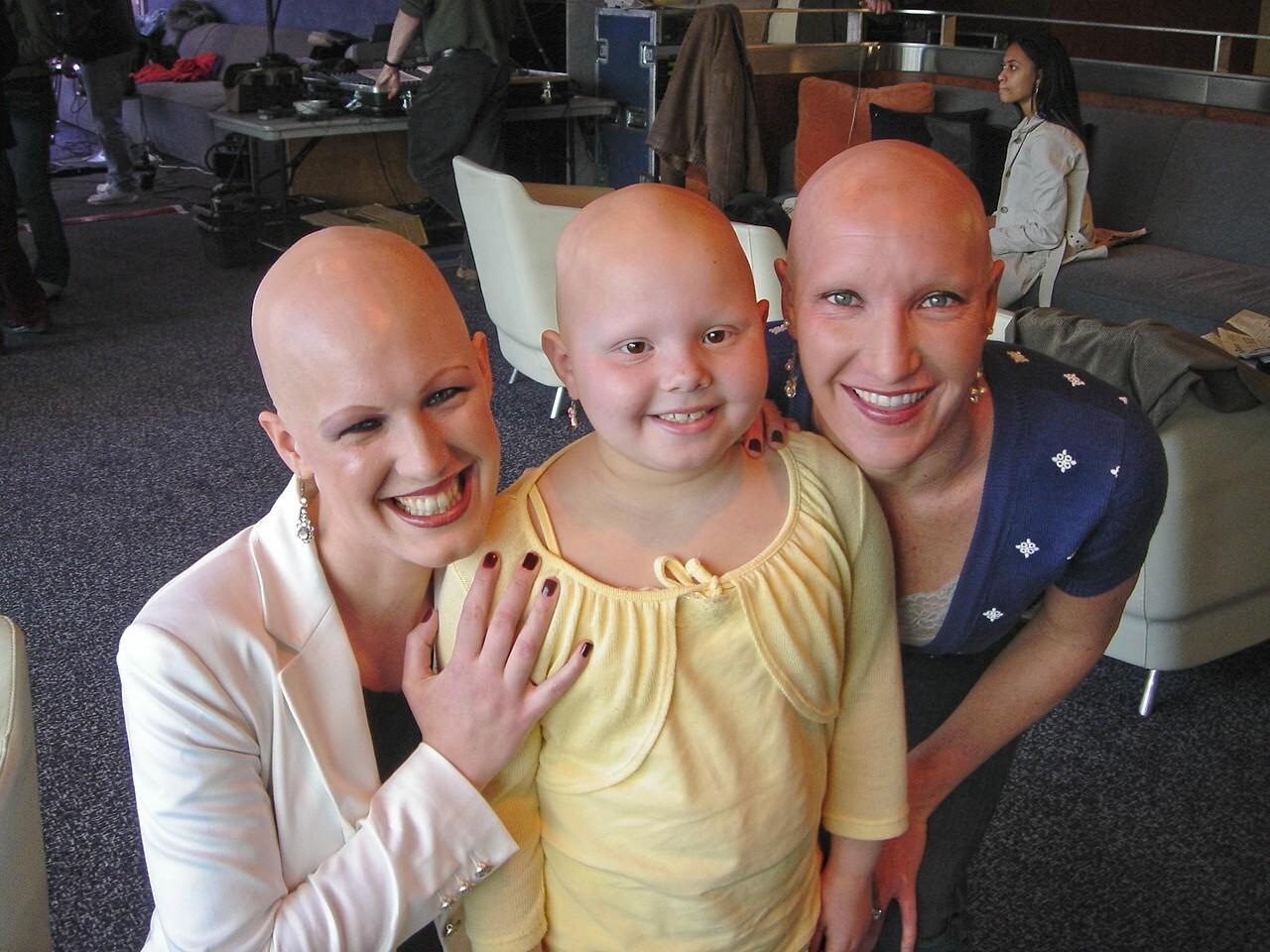 Рак так так лысая девчонка 24 фотография
