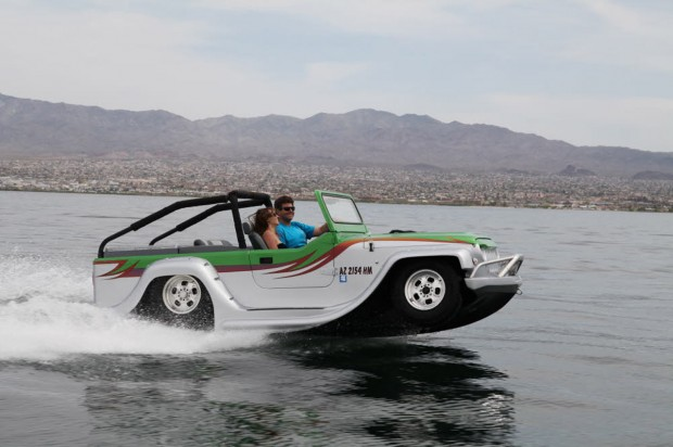020-watercar-panther-620x412